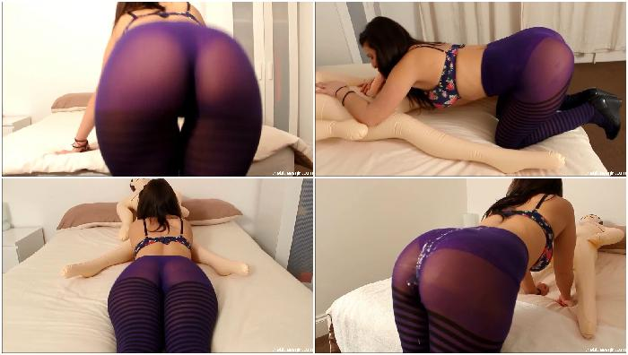 purple pantyhose shaking blowjob cumshot