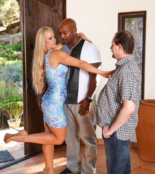 Nat Turner, Holly Heart - Moms Cuckold 16, Scene 1 [HD 720p] - Realityjunkies.com