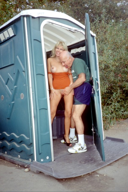 Sex in a public toilet - Old Man and Teen