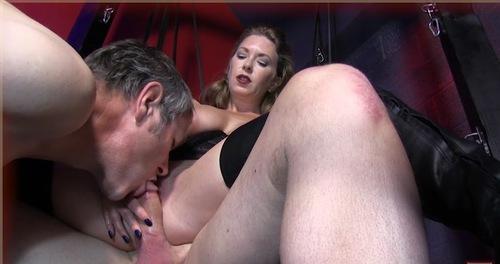 госпожа сосет рабу порно