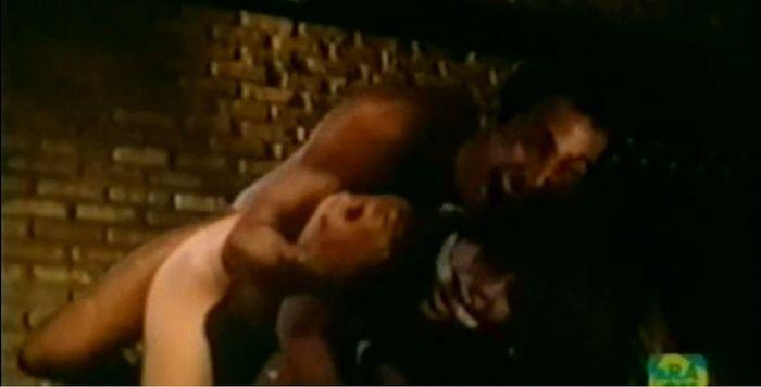Several scenes of violence