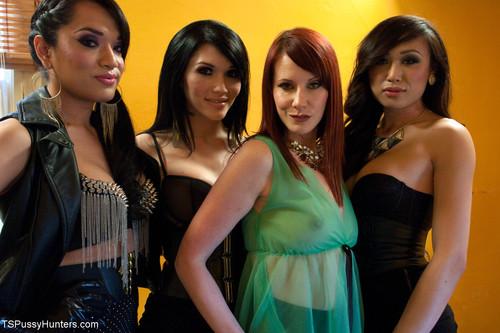 TSPussyHunters - Jessica Fox, Maitresse Madeline, Eva Lin & Venus - GANG BANG ORGY! [HD 720p]