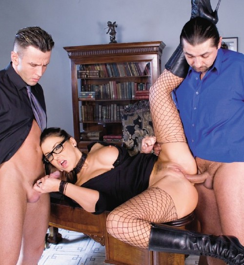 Maria Bellucci - A Horny Maria Takes on Two Hard Dicks and Gets Double Penetrated [SD 404p] - Private.com