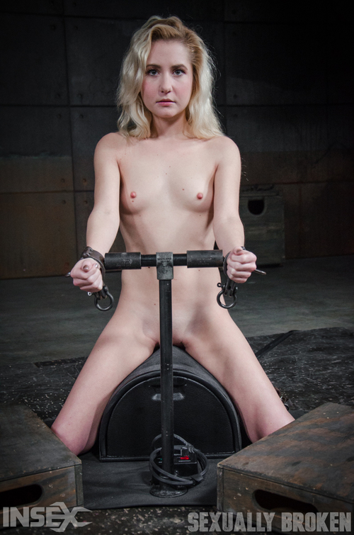Odette Delacroix - All natural spinner Odette Delacroix deepthroats huge cock as she is bound into a sybian [HD 720p] (SexuallyBroken)