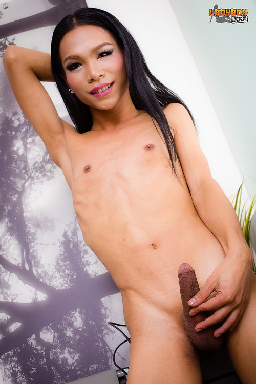 Moot - Beautiful Moot Cums! [HD 720p] (Ladyboy)