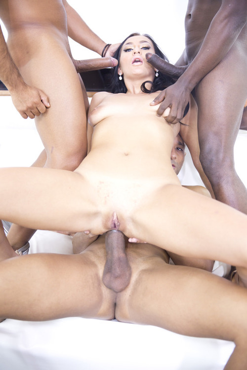 Lara Onyx - Lara Onyx takes 3 black monster cocks in the ass (interracial TAP) RS205 [HD 720p] (LegalPorno)