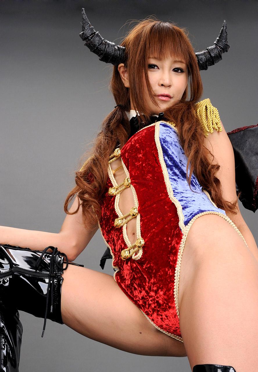 sayuri ono sexy japanese race queen 04