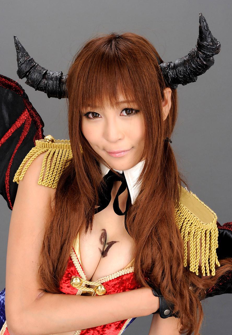 sayuri ono sexy japanese race queen 05