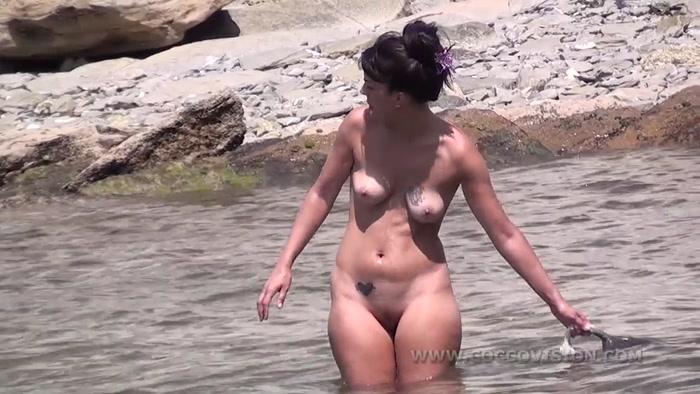 Babe Beautiful Busty Nude