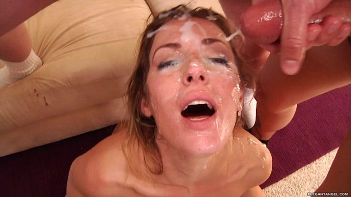 Shower sexy stripping