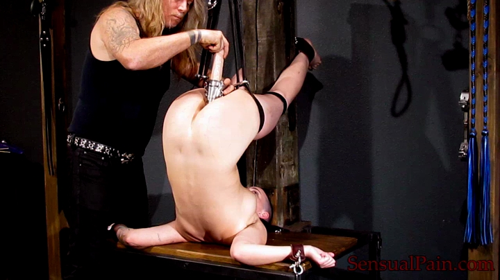 amateur_fetish_bdsm_slave.mp4.00002.B3,