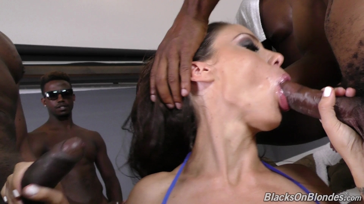 McKenzie_Lee_Gangbang__13.09.2016_.mp4.00000.B3,