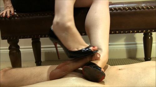 File name:  foot job with high heels 0002.mp4