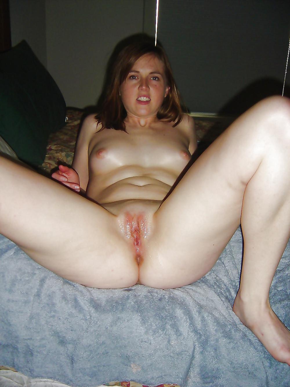 Chica se la follan en la cama