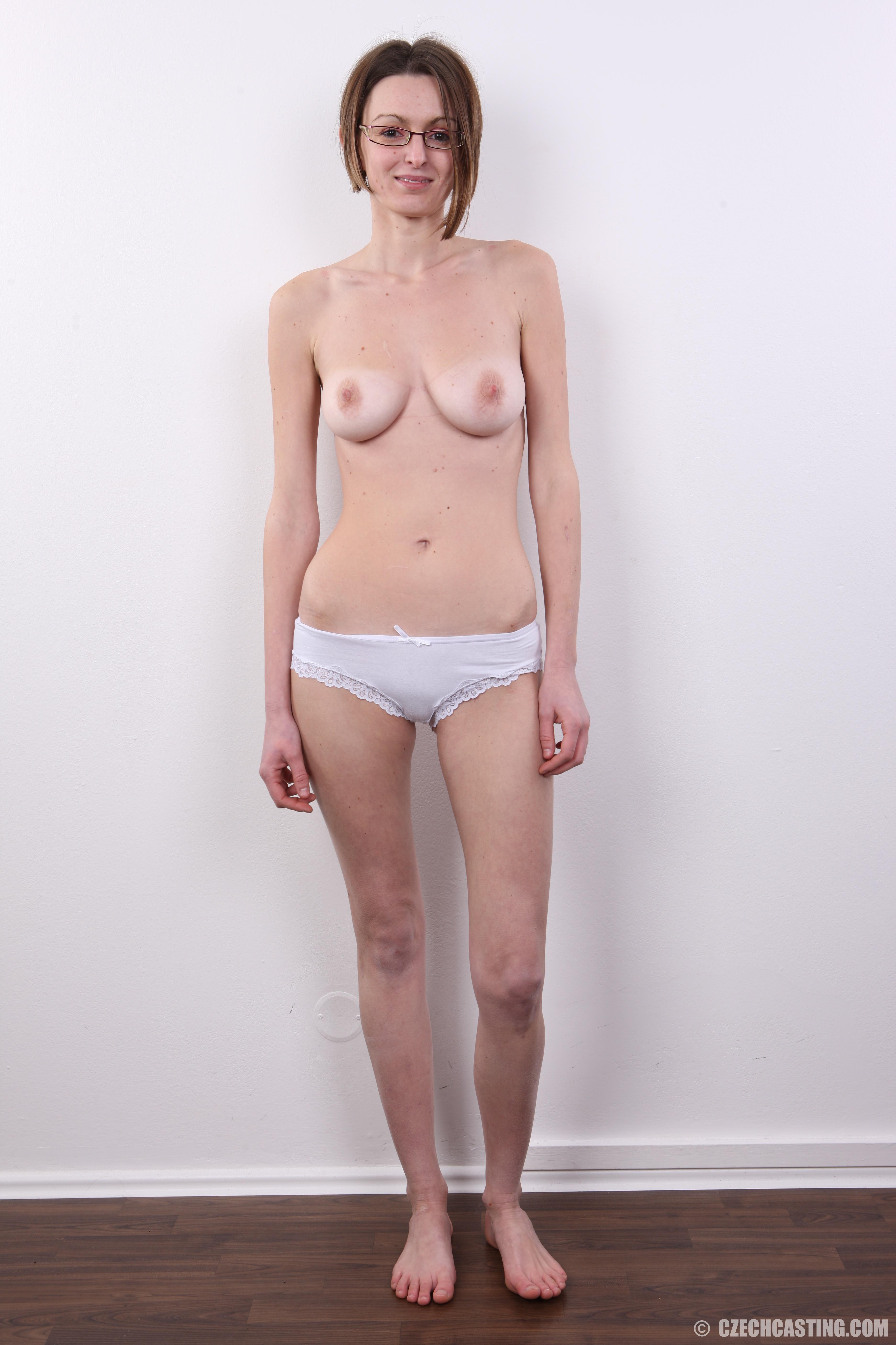Худенькие на порнокастингах 15 фотография