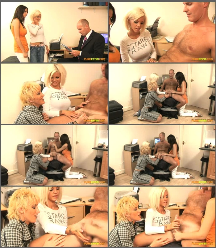 Hot blonde getting pussy fucked