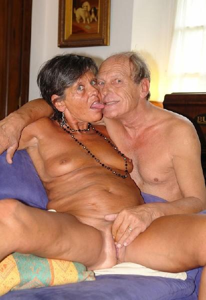 Фото порно внук и бабка 41894 фотография