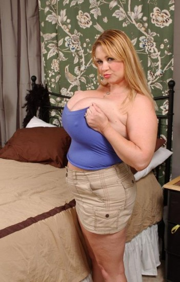 Sammy Whammy Time! - BBW Lady