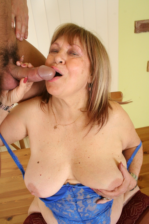 Some like their woman aged - Mature, MILFs