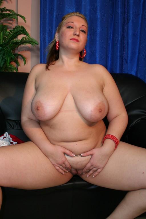 Zazi - BBW Lady