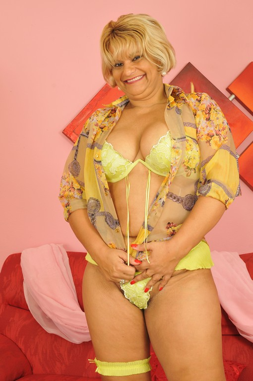 We have a special treat for you today - Mature, MILFs