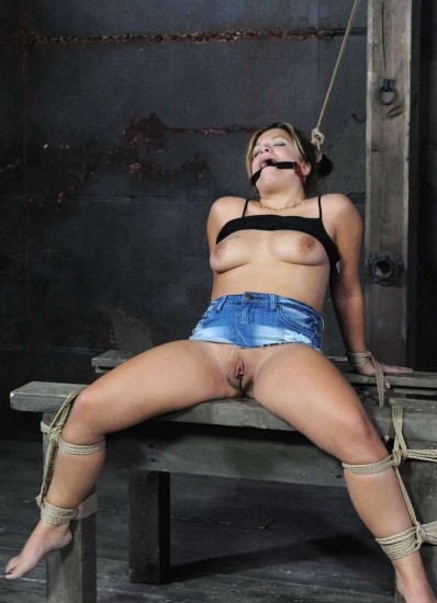 Pain Slut - Bondage, BDSM