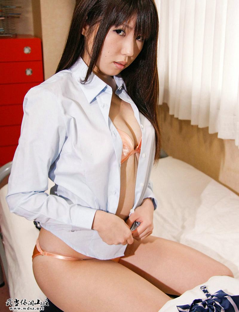 制服美少女天国 natsumi