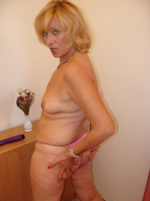 We tear into some more - Mature, MILFs