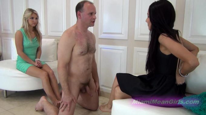 Asian girl gets fucked