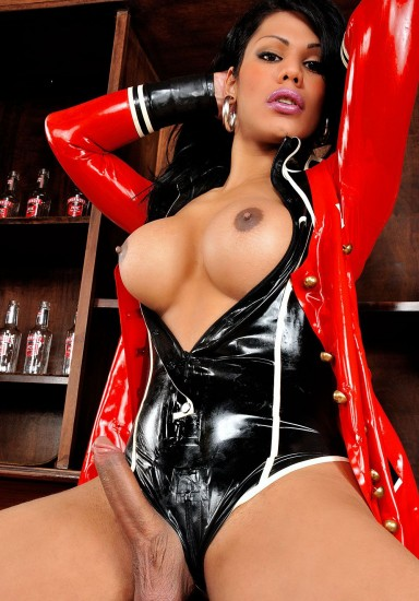 Cassia Carvalho Masturbates In Hot Latex - TS Cassia Carvalho