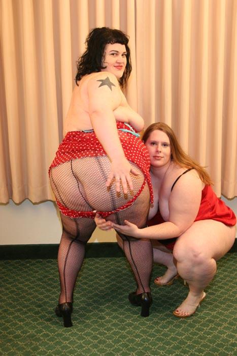 Rowan Lamark & Melissa - BBW Lady