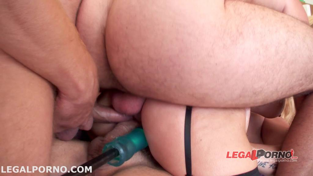 [LegalPorno] NEW Giorgio Grandi  Sperma Party #4, dap, tap and quadruple attemp. Prolapse and Monster Toys 13 swallows. Isabel Clark ravage GIO054