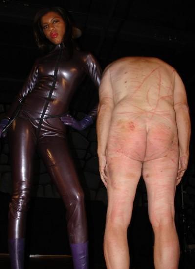 An Ashtray for Mistress - Femdom