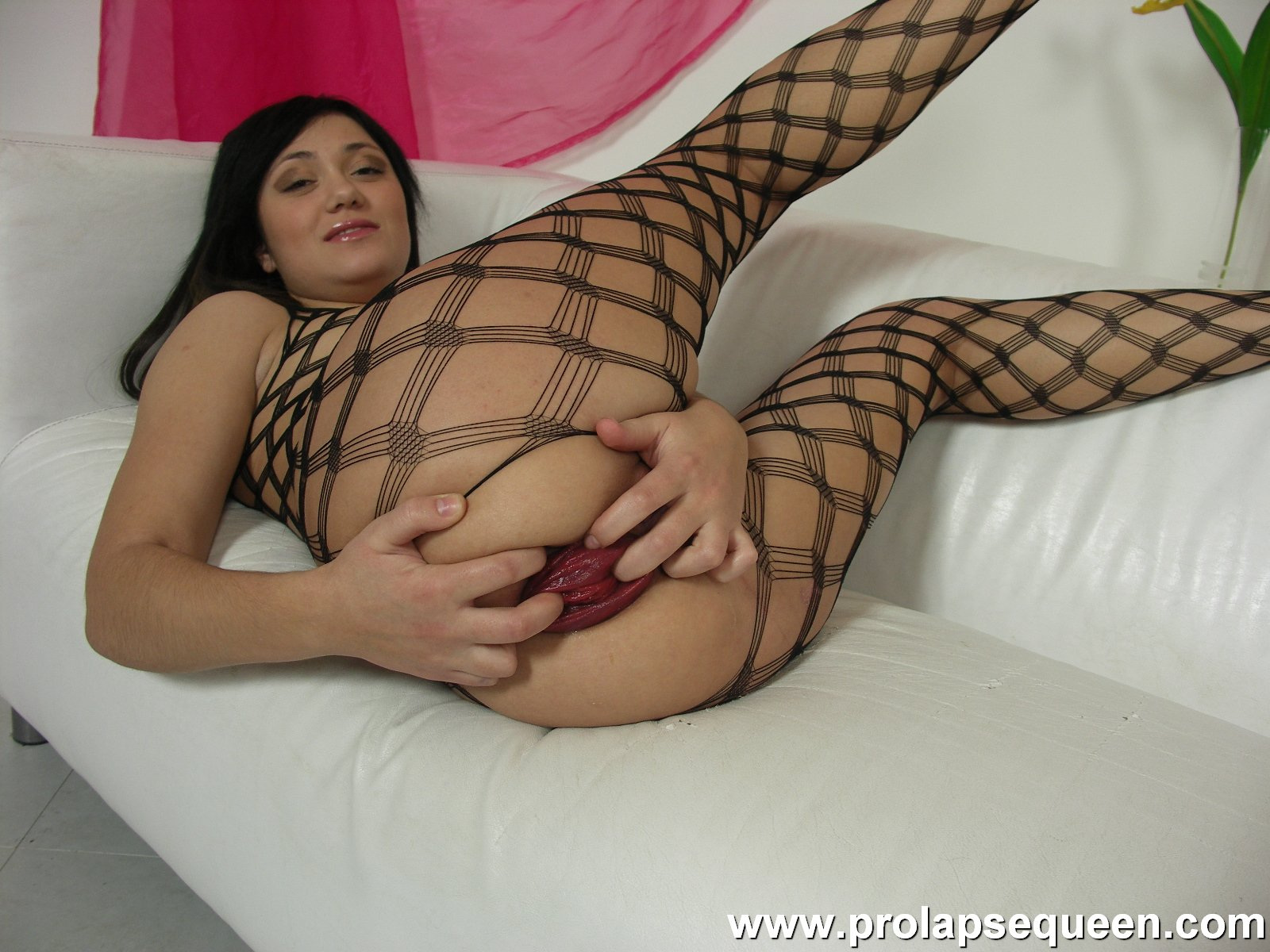 Download [ProlapseQueen] Aiza Fishnet prolapse