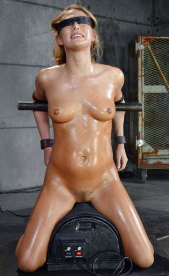 Carter Cruise blindfolded, oiled down