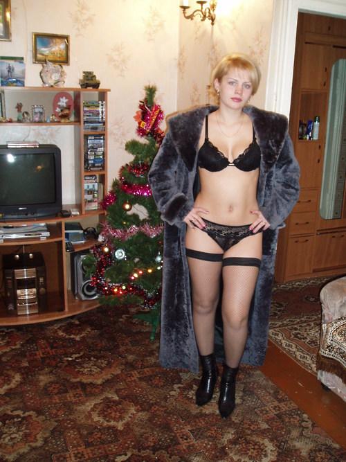 детства сирота фото русских женщин в интимном белье может