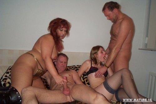Порно онлайн зрелый свинг