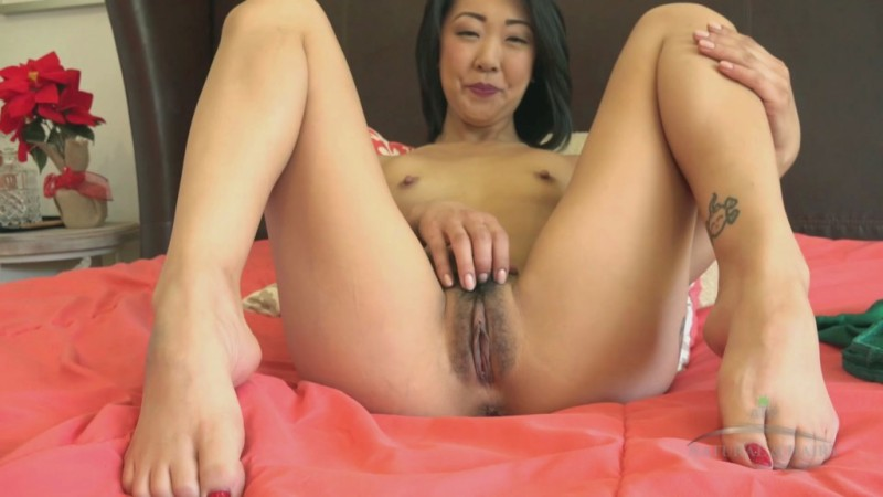 Interview with saya song and her newly grown bush