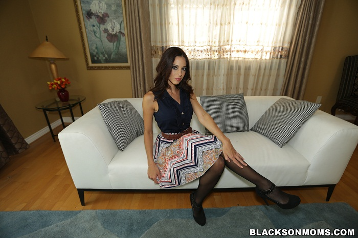 BlacksOnMoms -  Eva Long - Eva Long Gets Fucked Long Dick Style 720p WEBRIP (2016)