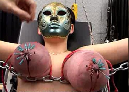 http://ist3-2.filesor.com/pimpandhost.com/1/_/_/_/1/3/e/G/I/3eGIk/Torture%20Galaxy%20Juggs%2010_m.jpg