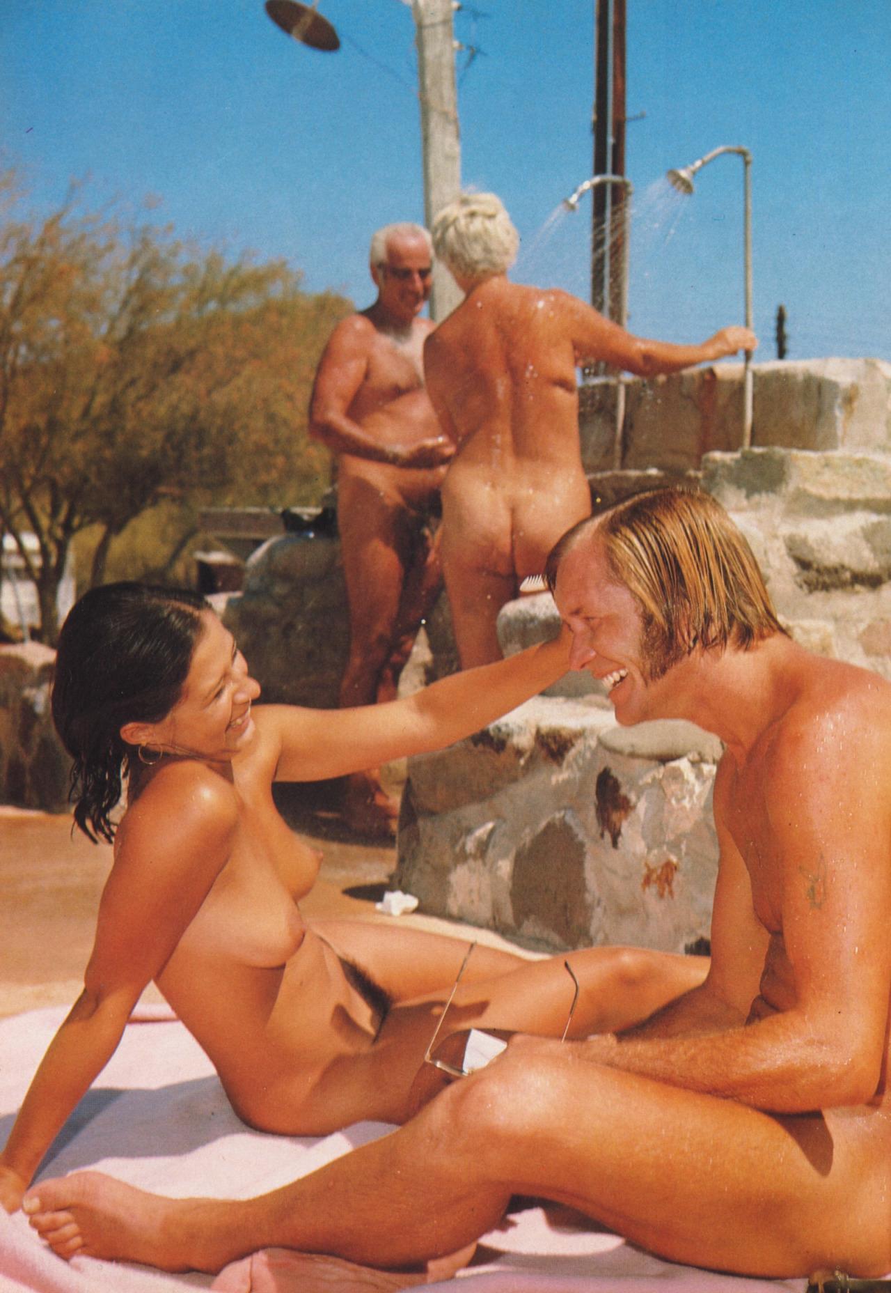Секс ретро нудистов