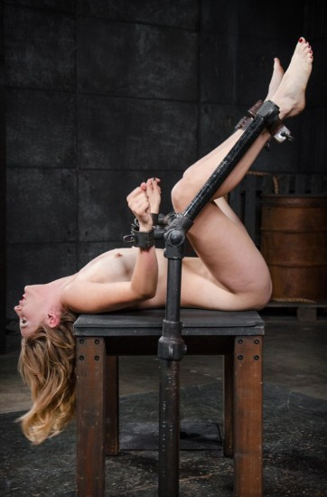 Sexy Mona Wales shackled in classic fuck me position