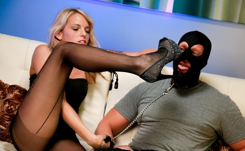 Free Online Femdom Video Clips 77
