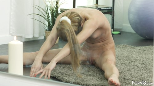 Sonya Sweet - Yoga Girl Sonya Sweet UltraHD 4K