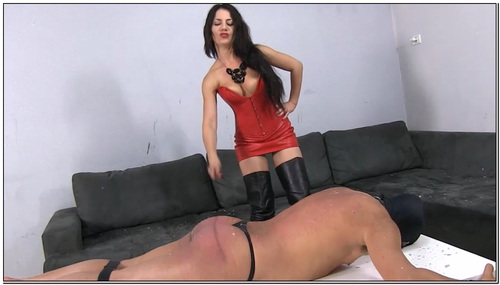 Brutally Whipping My Slaves Bare Skin Female Domination