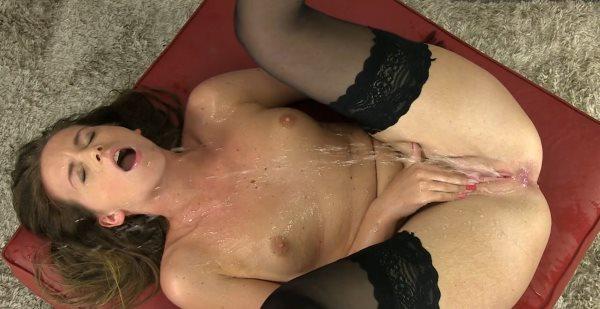 devka-masturbiruet-podborka
