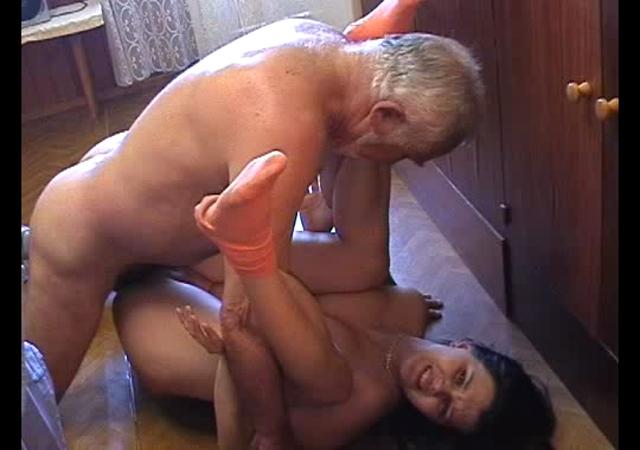 russkie-porno-obichai