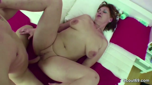 Olivia hussey juliet boob video