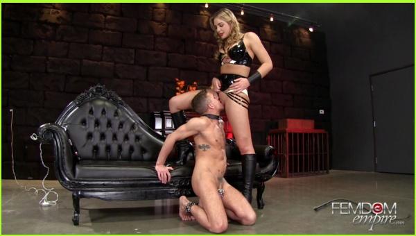 Femdom 33-Mistress Blair-Amazon Pussy Service