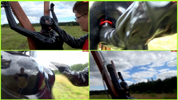 Latex 5-Chained girl in latex gets punished